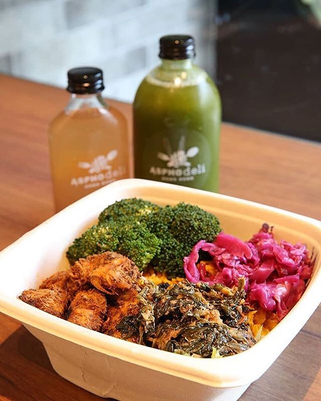 #Repost @bestfoodhongkong with @grabapp  The Complete Protein Bowl With Metallic Cleanse Juice And Master Cleanse Shooter from @asphodeli.hk - Spinach curry, tikka mushroom, cauliflower rice pilaf, steamed broccoli, apple-fennel kraut — It's a cozy eatery that brings fresh and healthy food/drinks for those who pursue a healthy lifestyle.  Ultimately, we are what we eat! — 🗺️: Shop 11, 22-23 Praya, Kennedy Town, Kennedy Town, Hong Kong — 📷 by @sorlo1 📍 at @asphodeli.hk — 📝 @sorlo1, @bestfoodfeed and @bestfoodhongkong collaborated on this post.  #BestFoodHongKong #BestFoodFeed #MyFab5 #HongKong #Food #Restaurants #Eater #EEEEEATS #BuzzFeast #BuzzFeedFood #HuffPostTaste #Restaurant #EatFamous #ForkYeah #Breakfast #Lunch #Dinner #hongkongfood #hongkongeats #hkig #wellness #EatWell