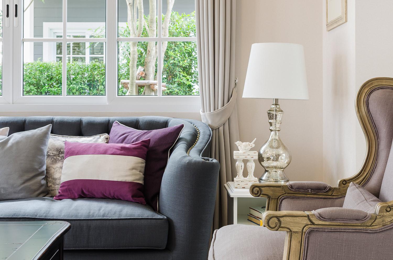 pretty-organized-couch.jpeg