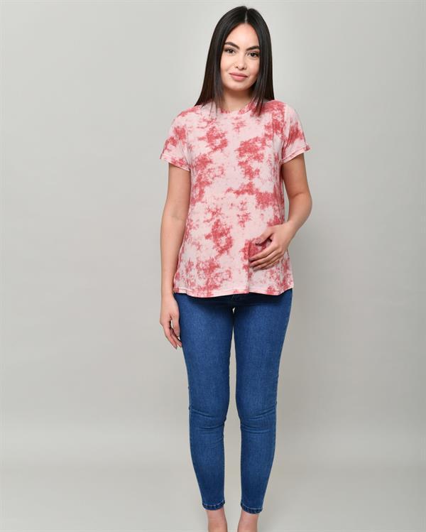 Tie-dye red t-shirt