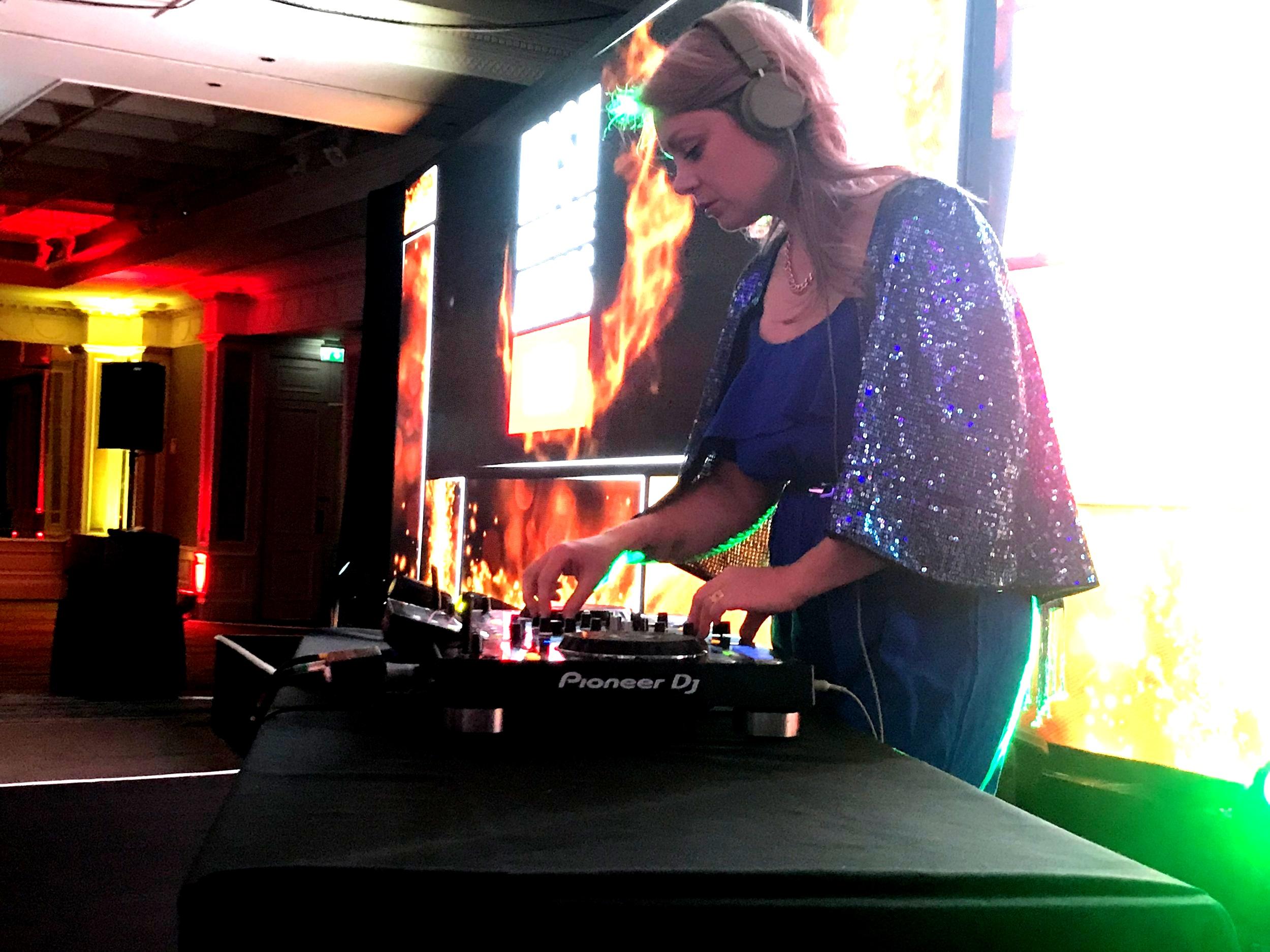 DJS & DJ ACTS