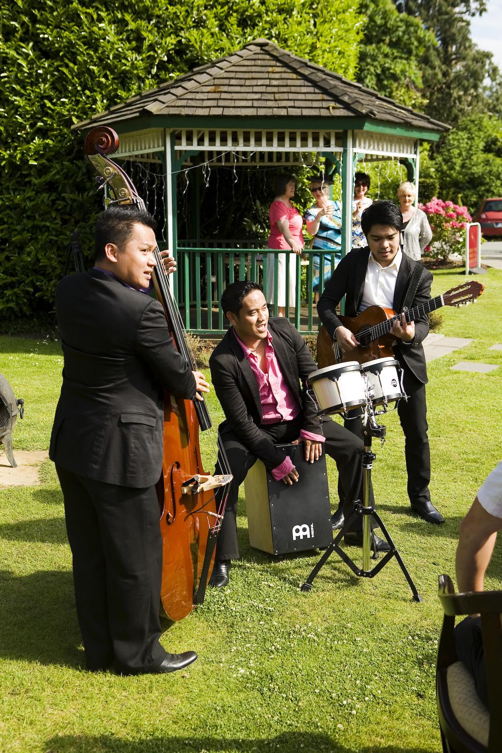 Manila Strings (1).jpg