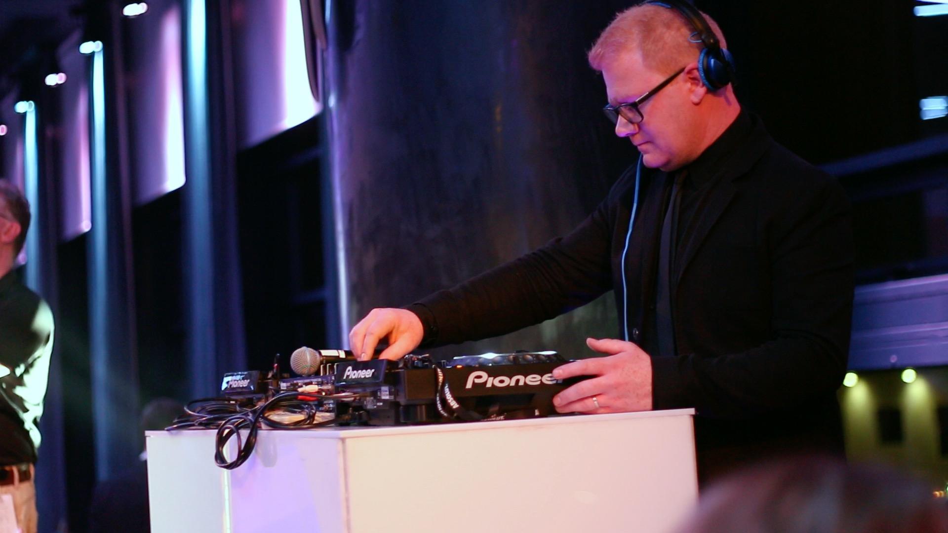 DJ Steven Cooper (2).jpg