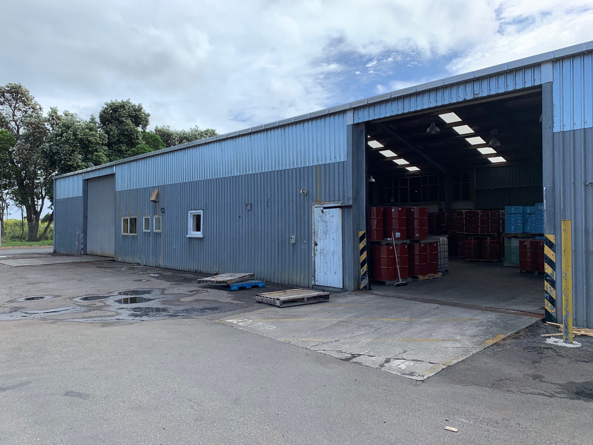 Egmont Commercial Shed Cleans