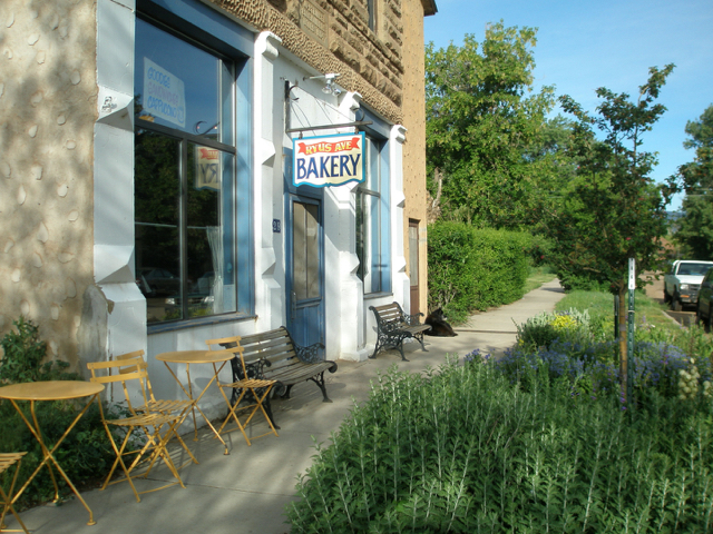 Ryus Avenue Bakery