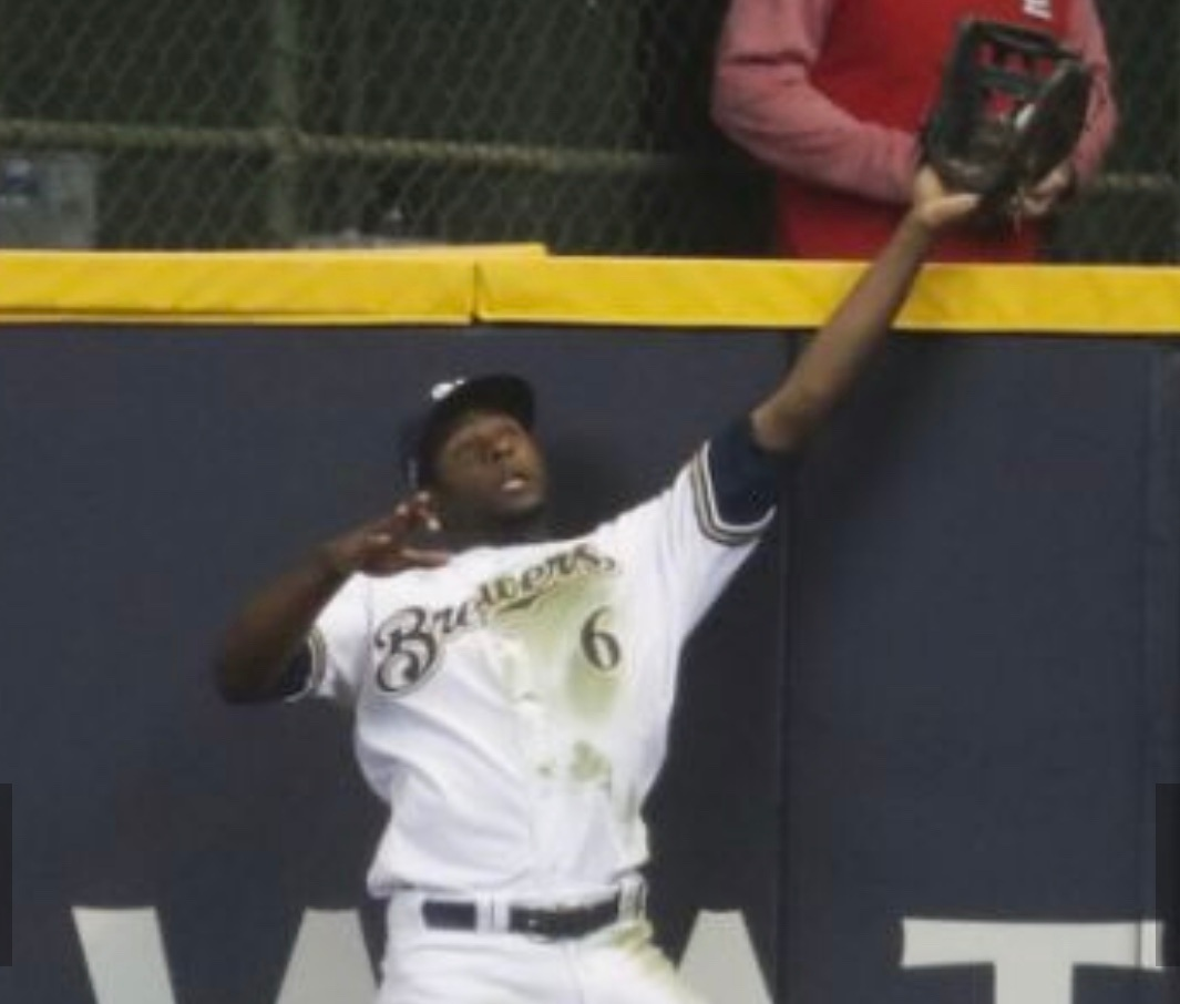 Game saving catch by Lorenzo Cain