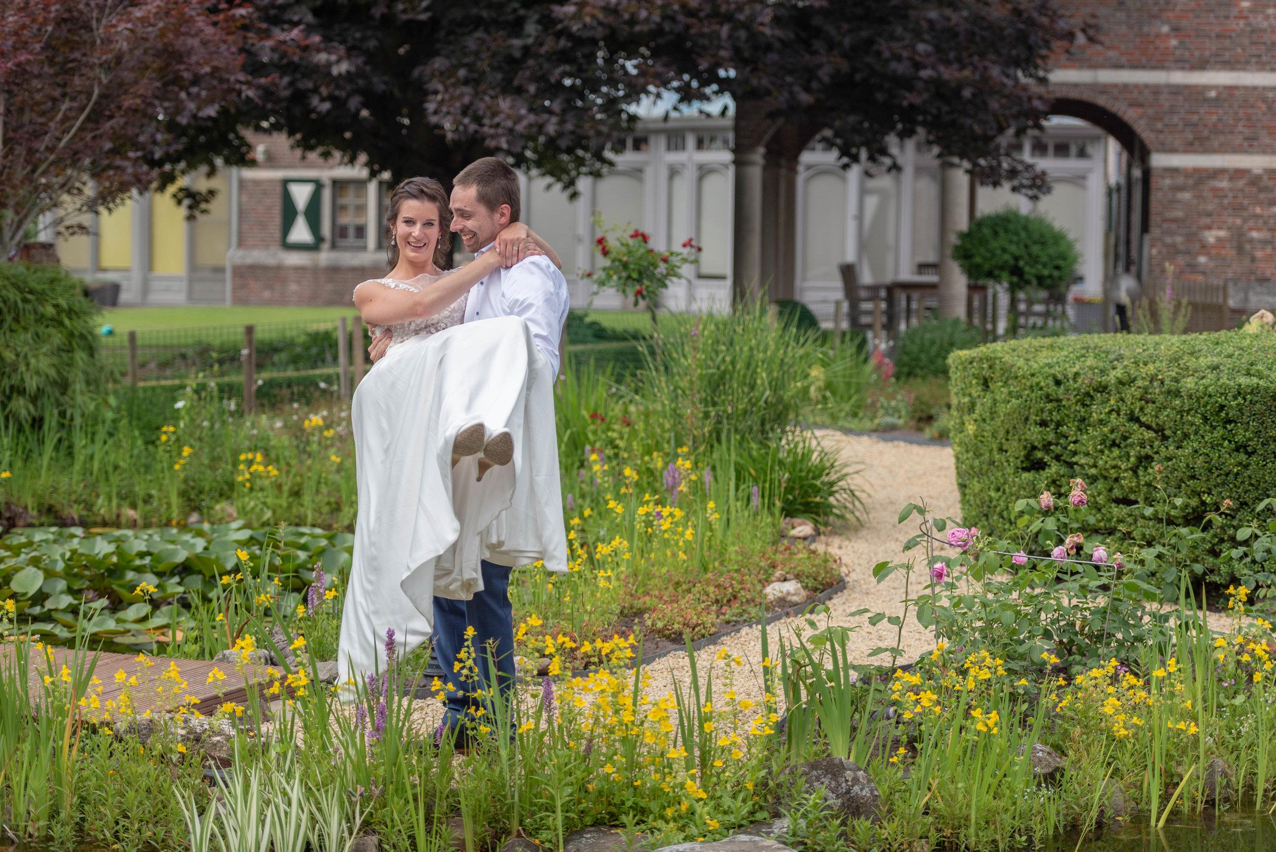 WEDDING LESLIE&JAN 3.jpg