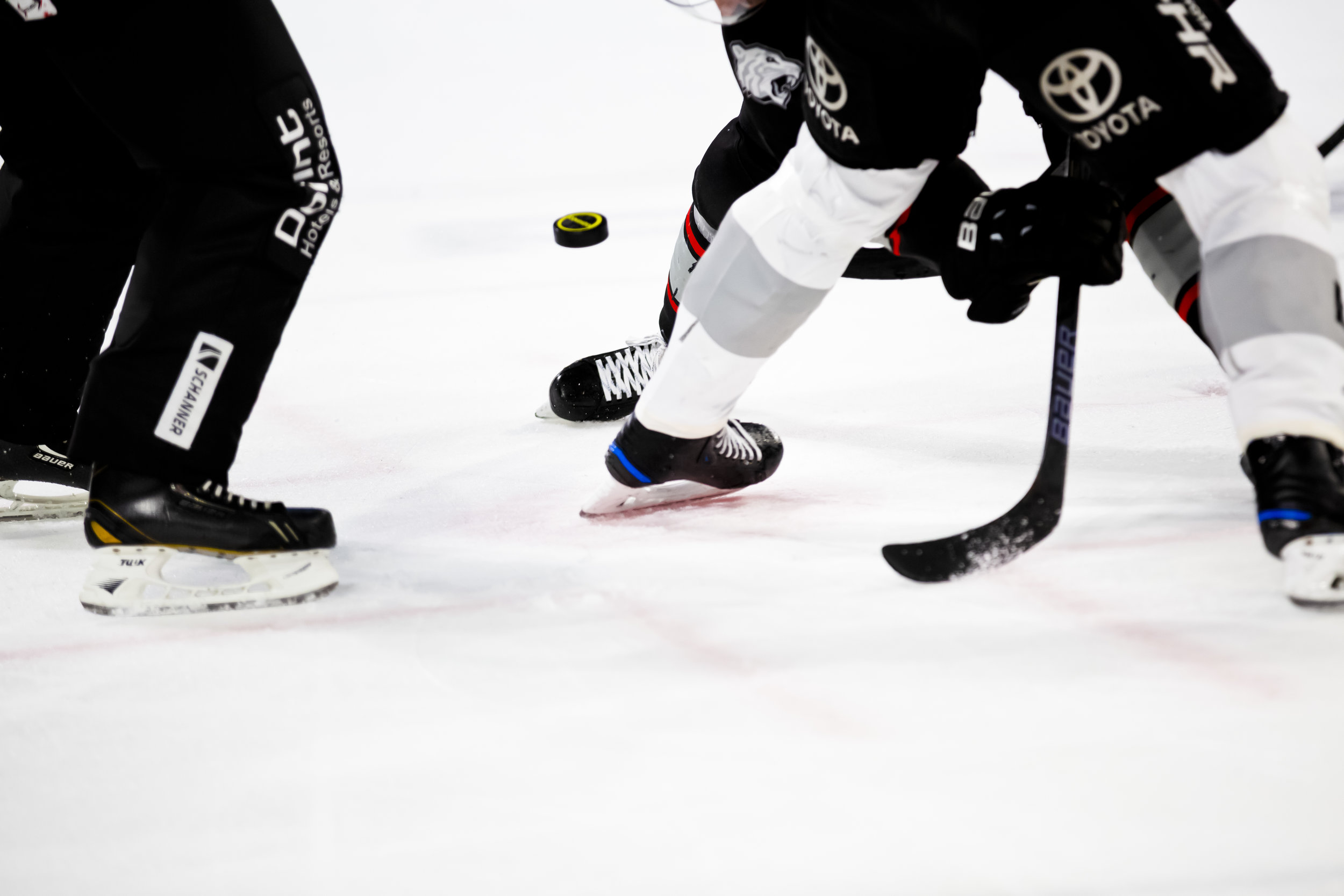 Groin Injury - Preventative groin wrapping is used to accelerate return to play in the rehabilitative stage of injury treatment; however, it is unknown whether it negatively impacts skating performance. We are examining the effect of standard groin wrapping on sprint and agility in ice hockey players.