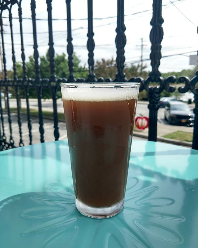 Replacing our Rohrbach Scotch Ale on draft for a LIMITED TIME ONLY, is Rohrbachs Neapolitan Scotch Ale! Very similar to the original scotch ale, this collaboration with The Beer Market adds flavors of cocoa nibs, strawberry purée, and vanilla extract! Delicious!