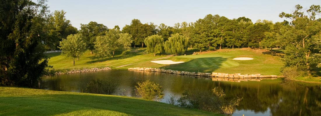 The signature 15th hole at the Willie Park Jr. designed Bellefonte Country Club in Ashland KY, site of the Joshua Reliford Memorial Golf Scramble on July 19th.