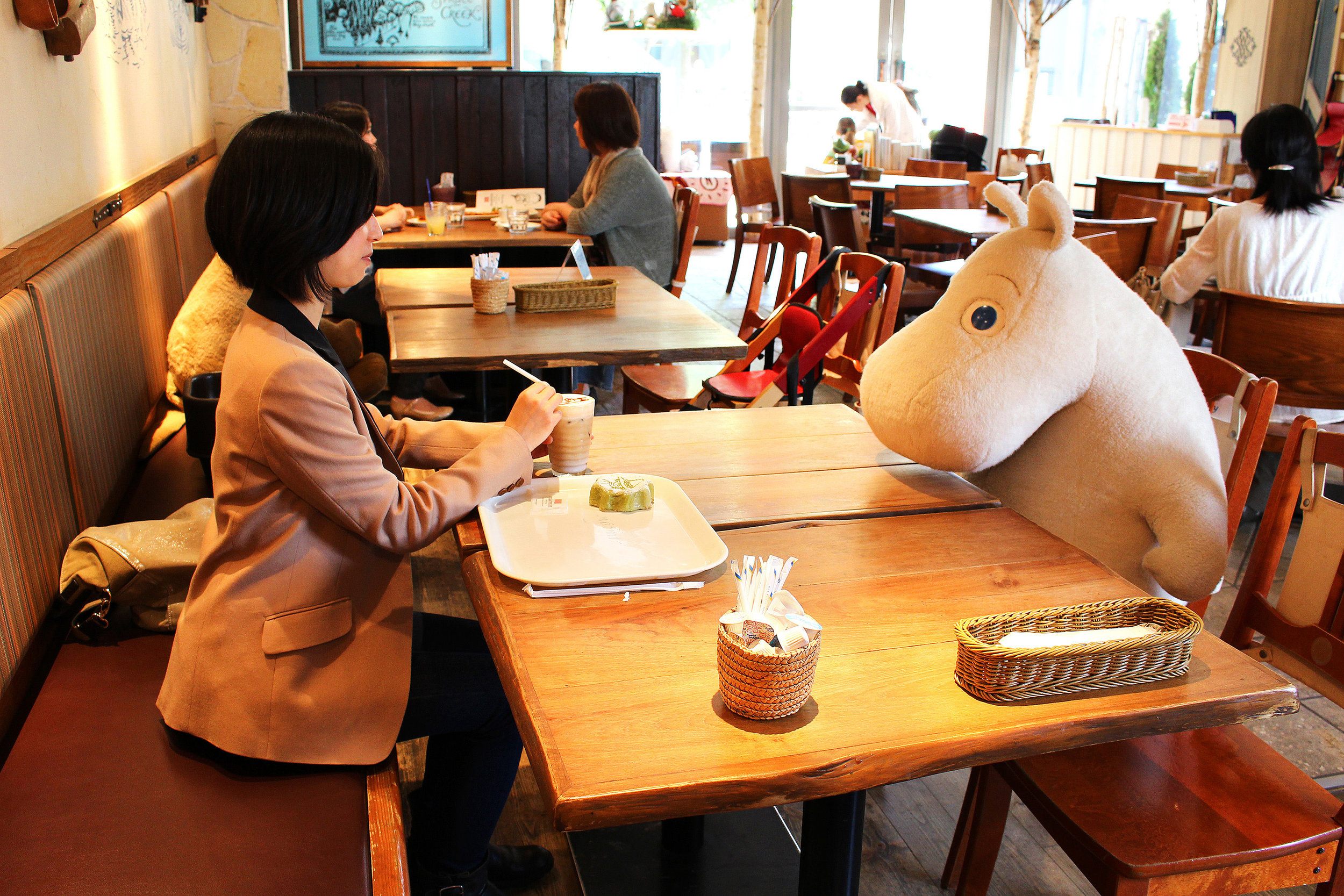 Anti-lonliness cafe in Japan | Yuki Arakawa/CNN