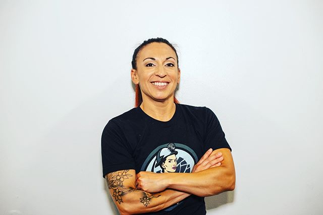 "Join us this Friday, October 25th at 6:45 pm at Black Collar Crossfit for a 20 minute workout that'll help & raise money for a Barbell Club at East High school for female youth! ⁣ ⁣ Meet gym owner and trainer: Meddy Paulus! ⁣ ⁣ ""I'm a local girl just making my way in the world of fitness and health. I am originally from Des Moines, IA.  Born and raised. My first exposure to this industry was through a good friend of mine who was my personal trainer. I originally started my fitness journey running road races with a group of close friends, then moved into weights at the gym - dumbbell work mainly (I had no idea what I was doing). I finally decided to try out a personal trainer and got turned on to the challenges I was faced with during my sessions. Fast forward a couple a years and my trainer introduced me to CrossFit and I haven't looked back since. ⁣ ⁣ I have been a coach for over 7 years now and have owned my gym for close to 5 years. It has been one hell of a journey and I have had so many amazing moments along the way. I have also faced heartache, financial stress, made mistakes and experienced failures multiple times over. With that, I have learned an incredible amount and have met so many inspiring people and earned pretty amazing opportunities. ⁣ ⁣ I can honestly say looking at how far I have come,  I have no regrets. I only wish at times I would have learned these lessons sooner. However, what I have come to understand is that it wasn't my time then; I was not ready or in the right mindset. I also, didn't fully believe in myself. (Mind blown). ⁣ ⁣ 2 years ago I had a moment of self discovery. And I realized how much negative energy I attached when it came to making decisions and living my life. It was in that realization that I took action and made the decision to let things go and move forward. I began to take responsibility for myself and the decisions I made. I stopped being a victim and started taking back my power from people & things. I reached out to a life coach who became one of my closest friends and that's when my journey as an entrepreneur really started gaining momentum... ⁣ Cont'd in comments..."