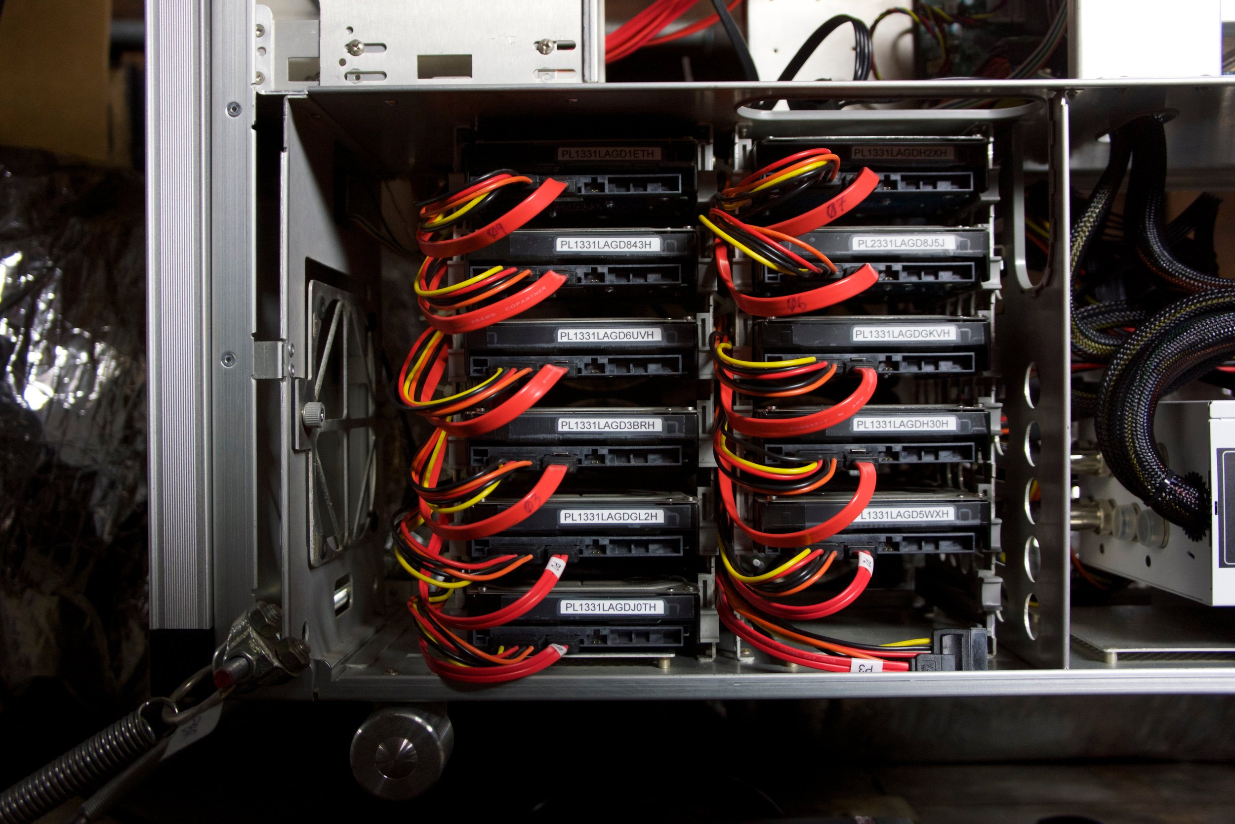 Server - 2.jpg