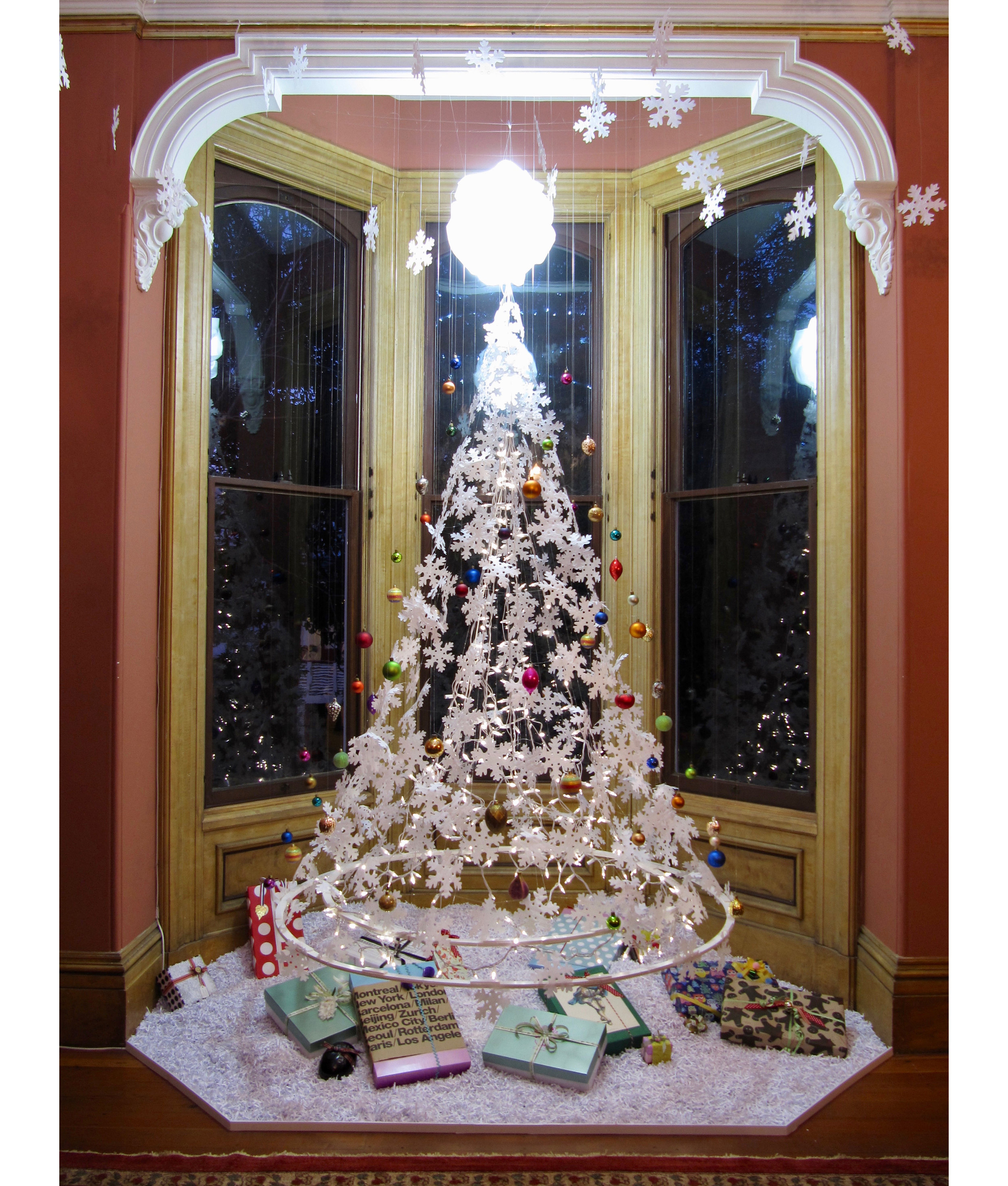 The invisible Christmas tree -