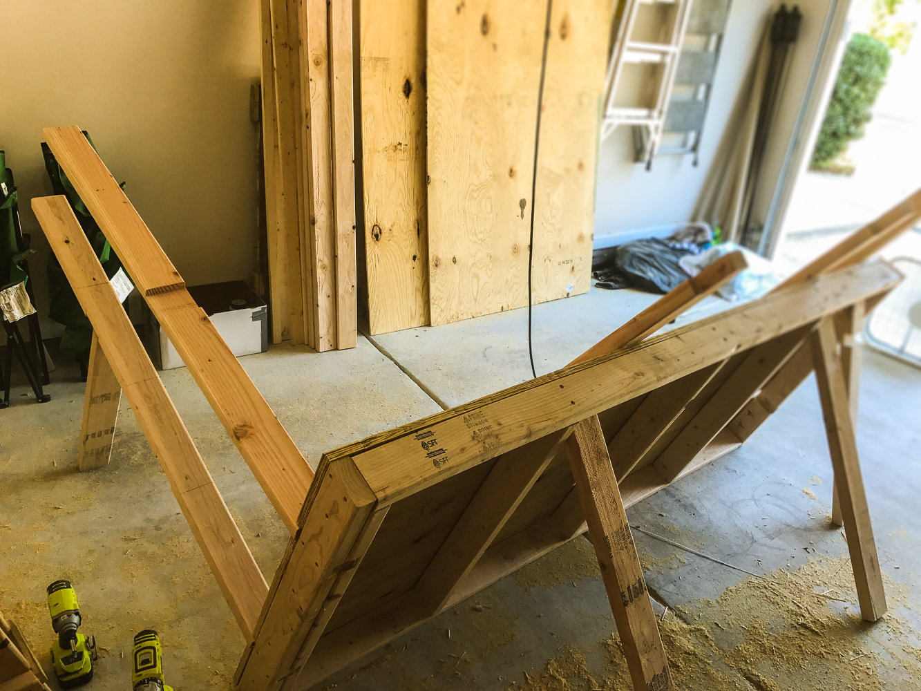 Lumber Cart - Setting first Verticals in Place