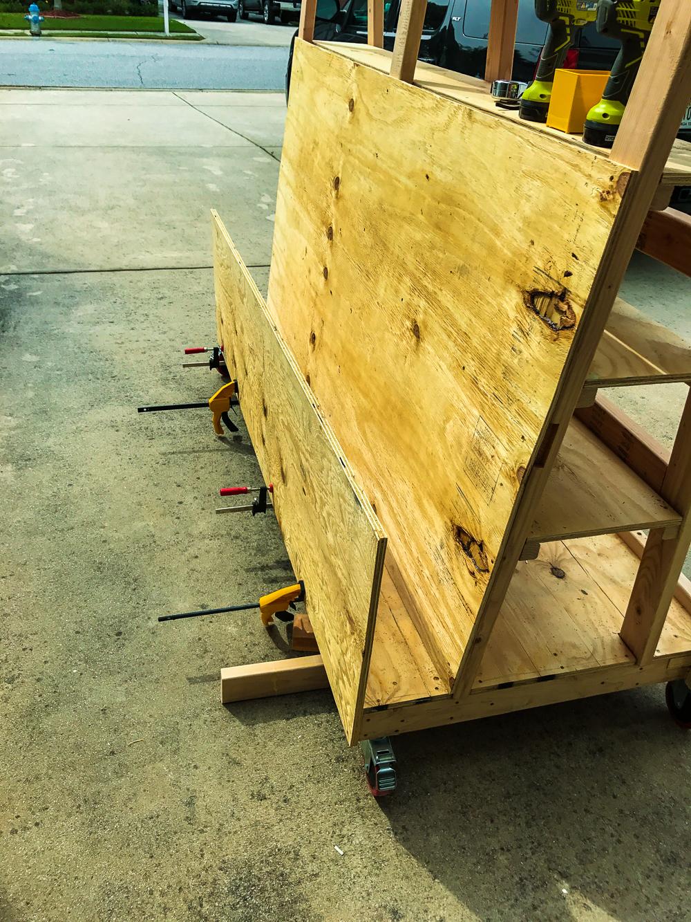 Lumber Cart - Bin Side Clamp Up