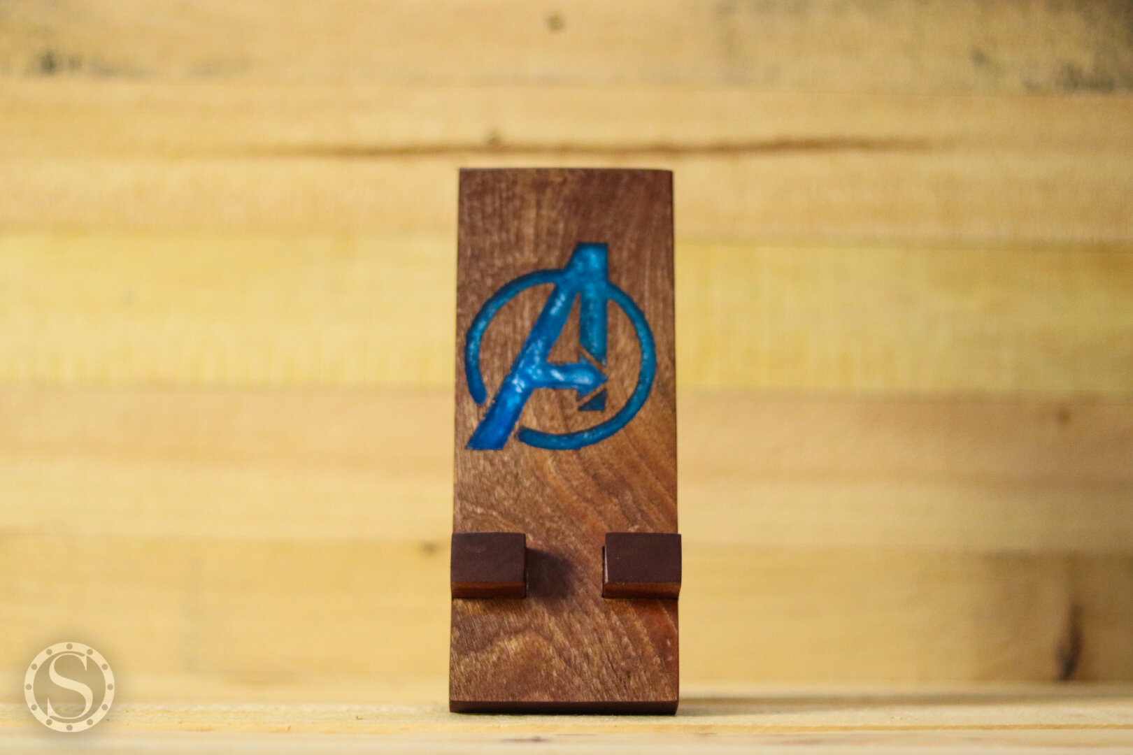 Avengers Phone Holder - Finished Front View
