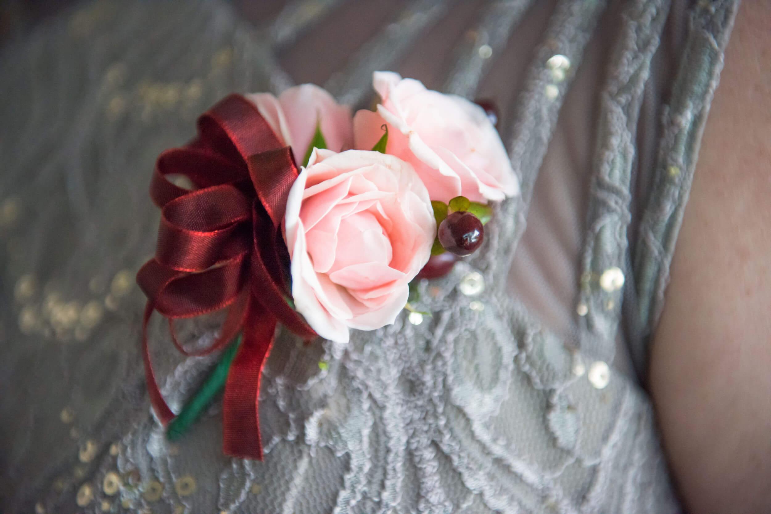 River_Rest_Weddings_Website-Pricing-Corsage.jpg