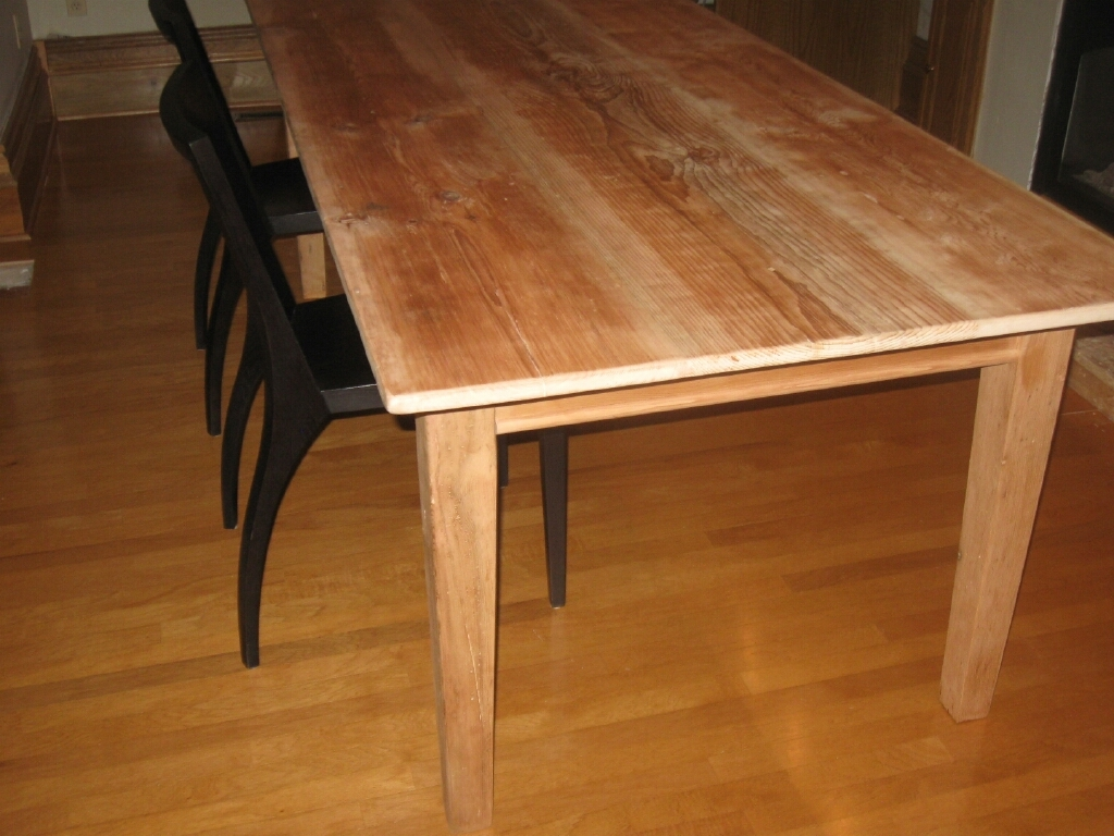 reclaimed pine harvest table 2.jpg