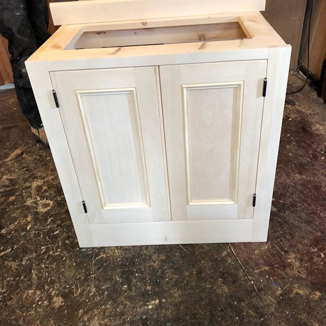Check out this simple vanity before and after our finishing process. The vanity was to be a rich, deep brown so we were able to use pine as a building material allowing for a steady match to the baseboard trim. Our finishes  are extremely durable and moisture resistant. Call us with your custom requests and ideas. #custompcbuild #bathroomdesign #customfinish #interiordesign #shopshakespeare #buylocal #pine #stratford