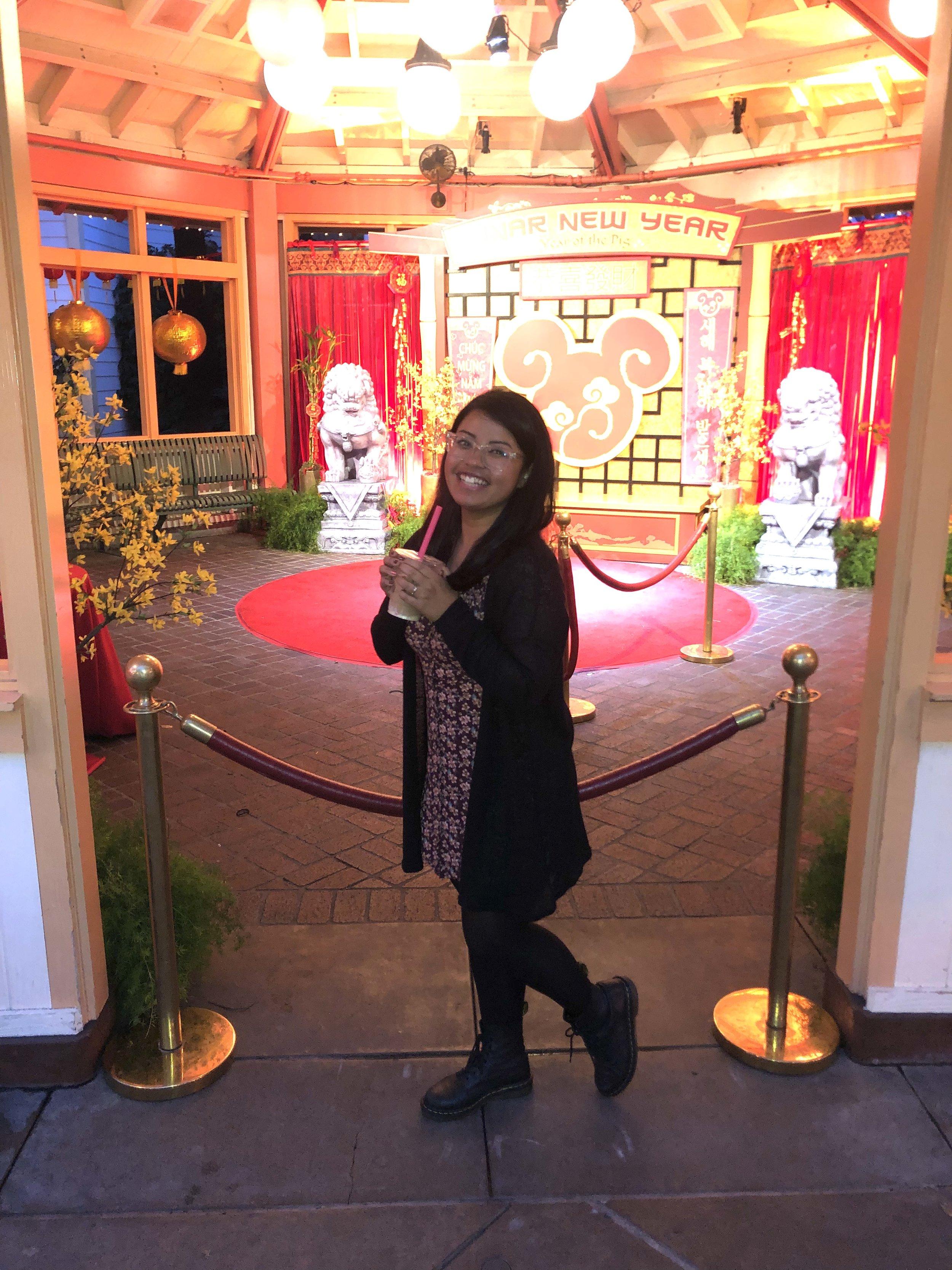 Mulan and Mushu Photo Area