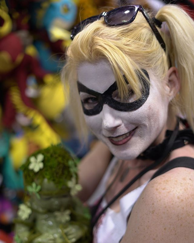 """hello pudding"" @wondercon #HarleyQuinn #Cosplay #DC #Nerd  #NerdLife #ComicBook #BadGirl #Anaheim #WonderCon #WonderCon2019 #PeopleofCon"