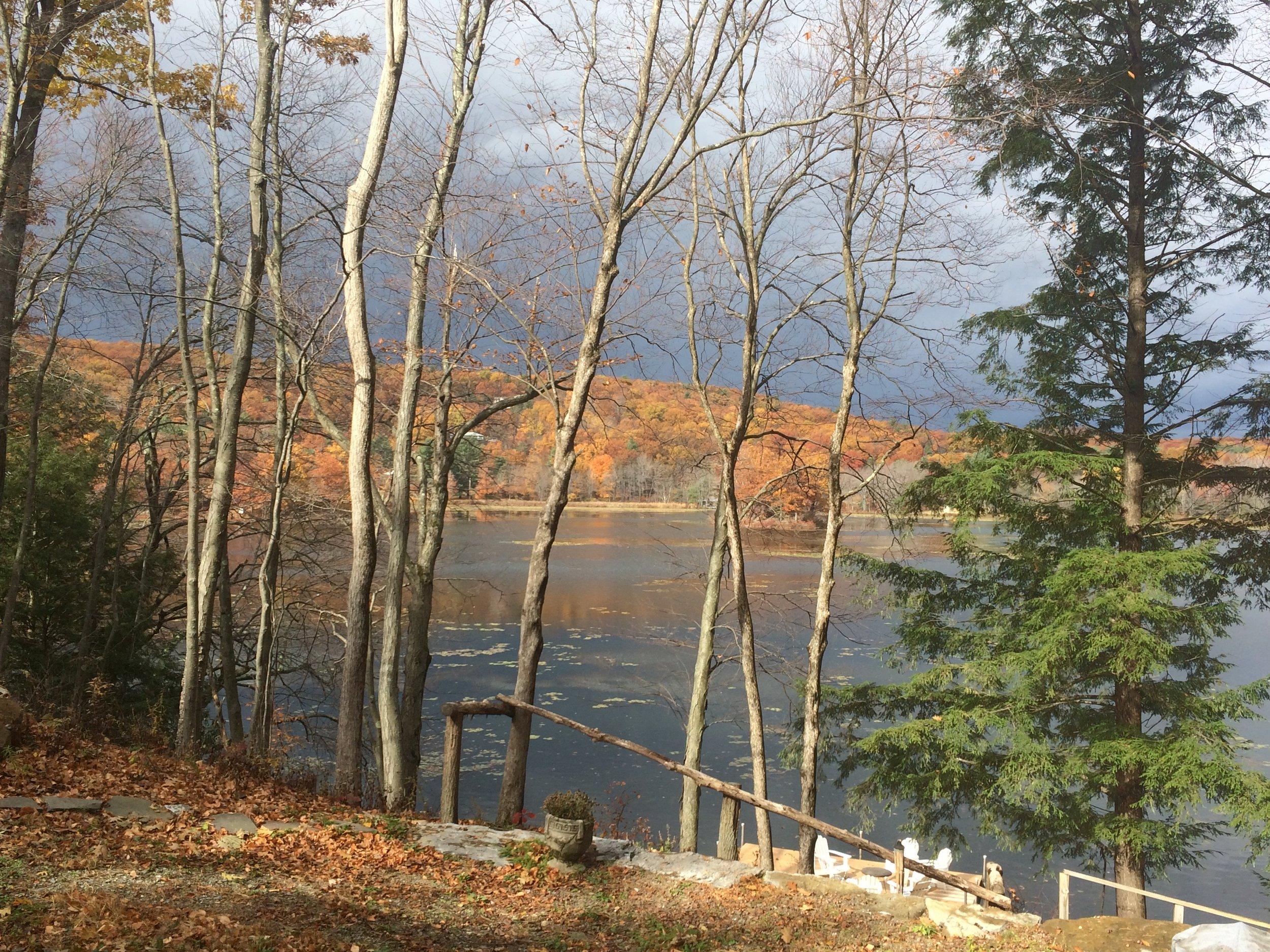 Twin Island Lake Fall Colors 10-2015.jpg