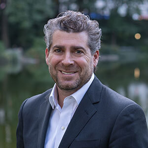 Dr. Solomon Schwartzstein