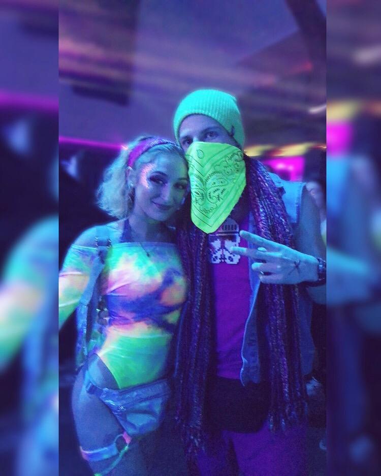 I'm a Rave Girl -