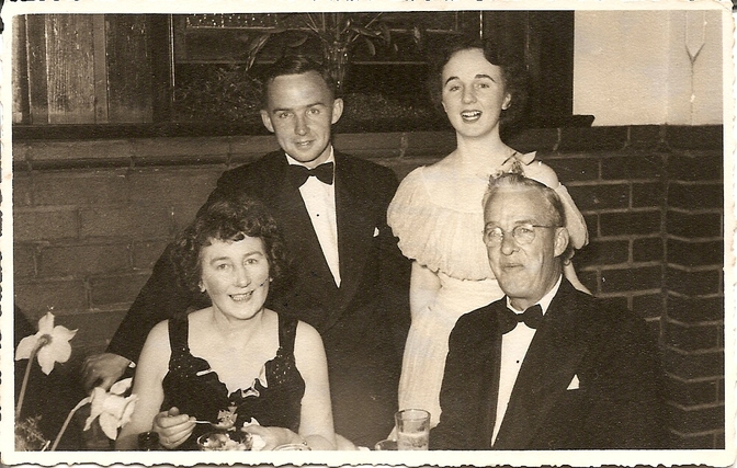 Ivor and Marie Winney with their offspring Ken and Jeanette