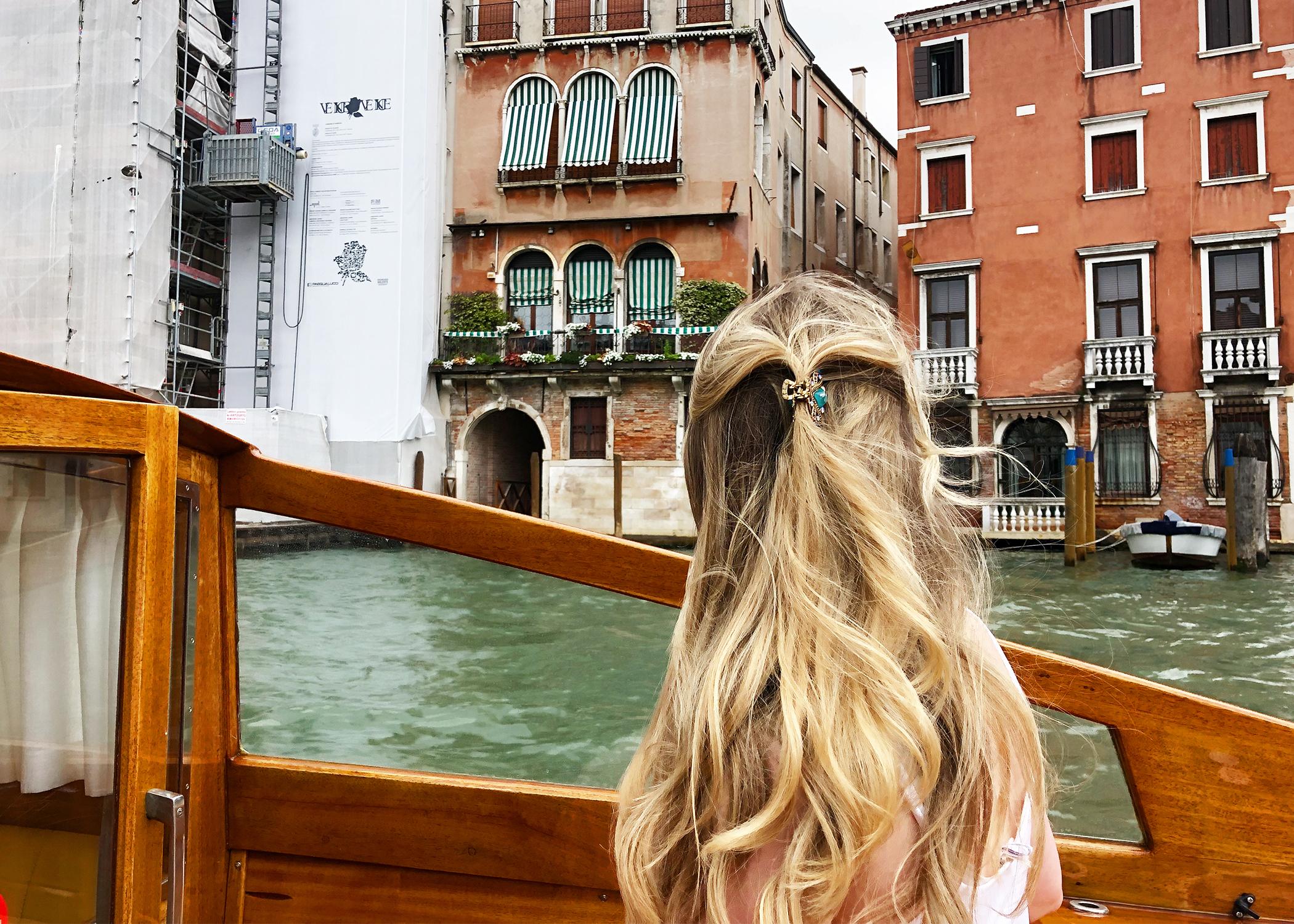 veniceboat.jpg