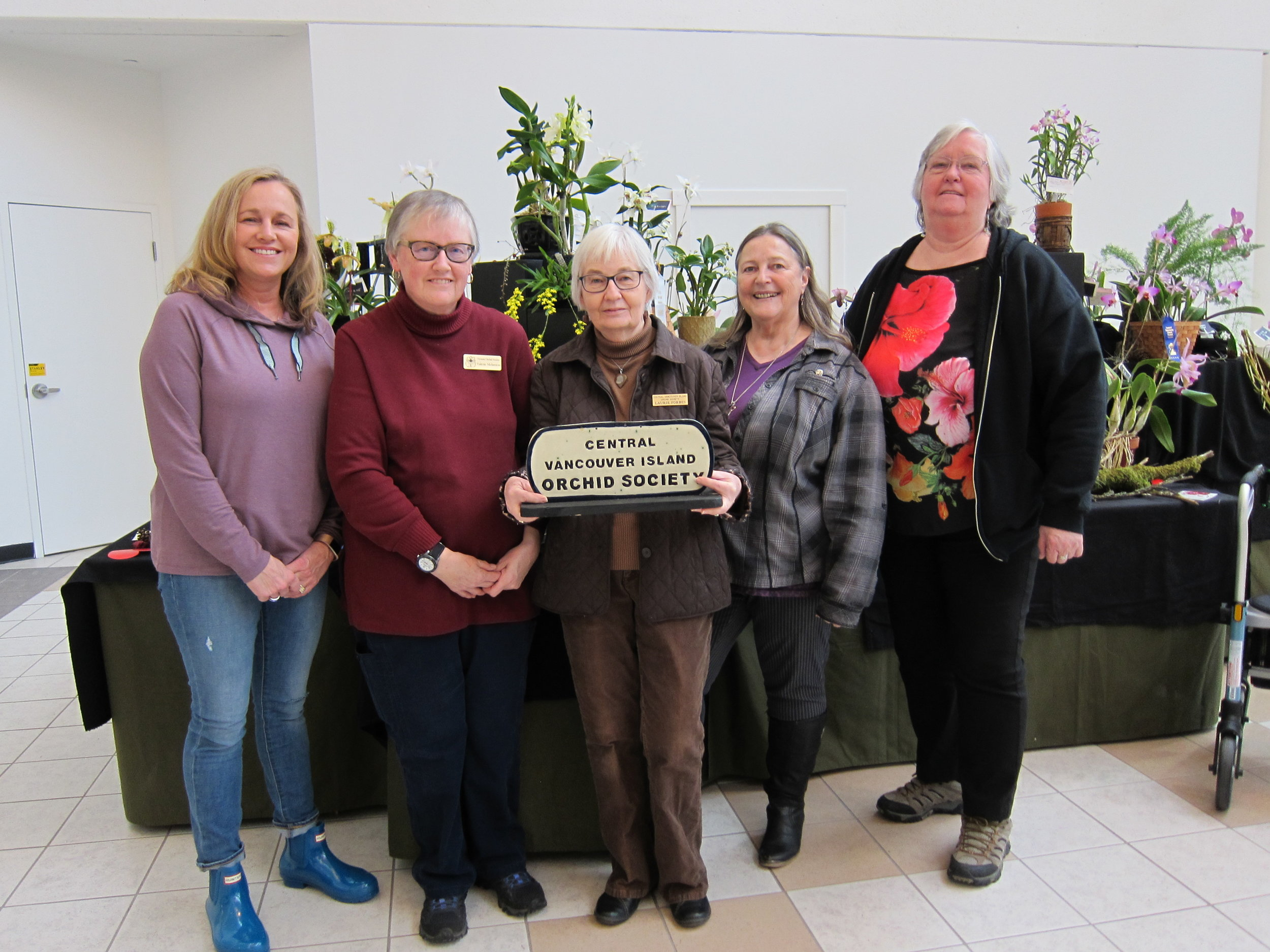 Suzanne, Valerie, Laurie, Darlene and Sheila – The CVIOS show committee