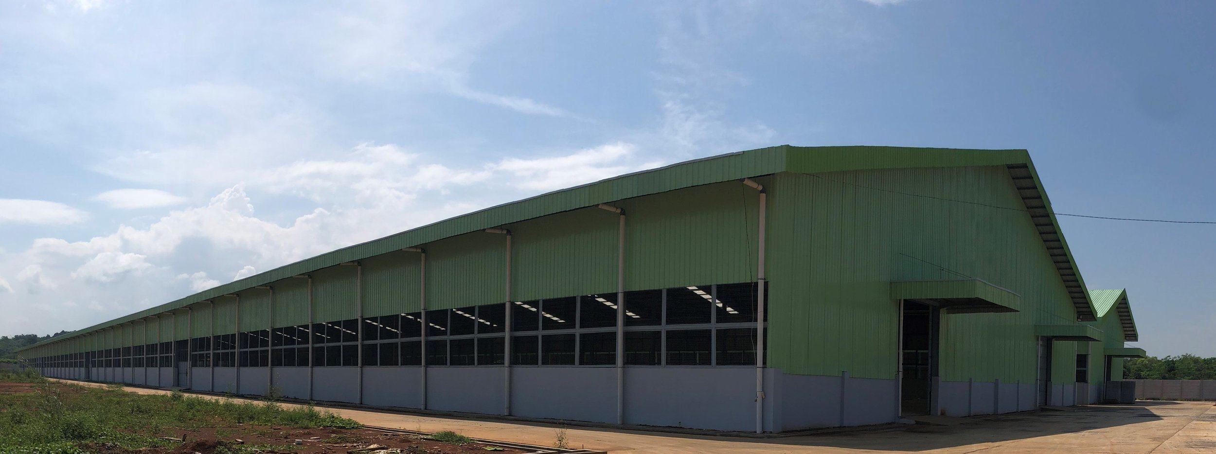 Our Factory - 50,000 sqm, Mayong, IndonesiaFrom log to product, all done in houseFully Machined ProcessingAll new complete woodworking machinesSaw milled & kiln dried