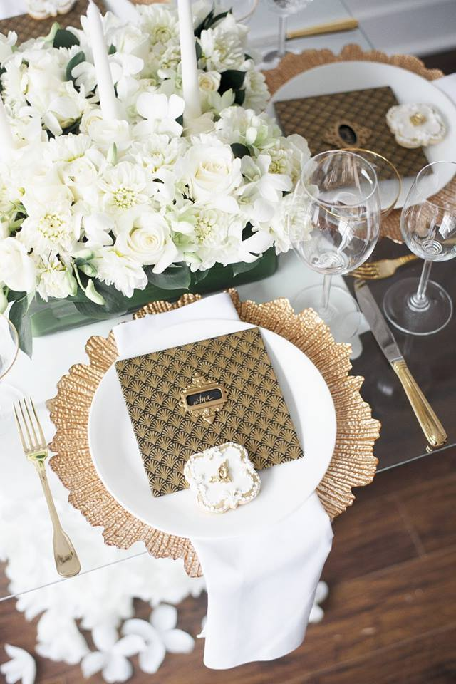 Styled-shoot-gold-trim-dinner-plates