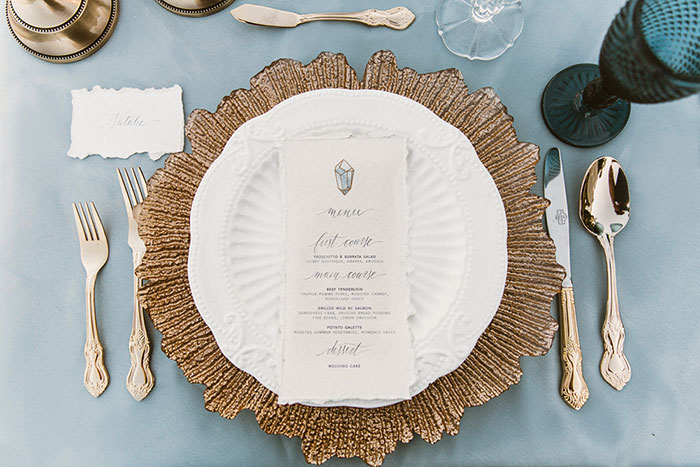 Styled-shoot-gold-trim-dinner-setting