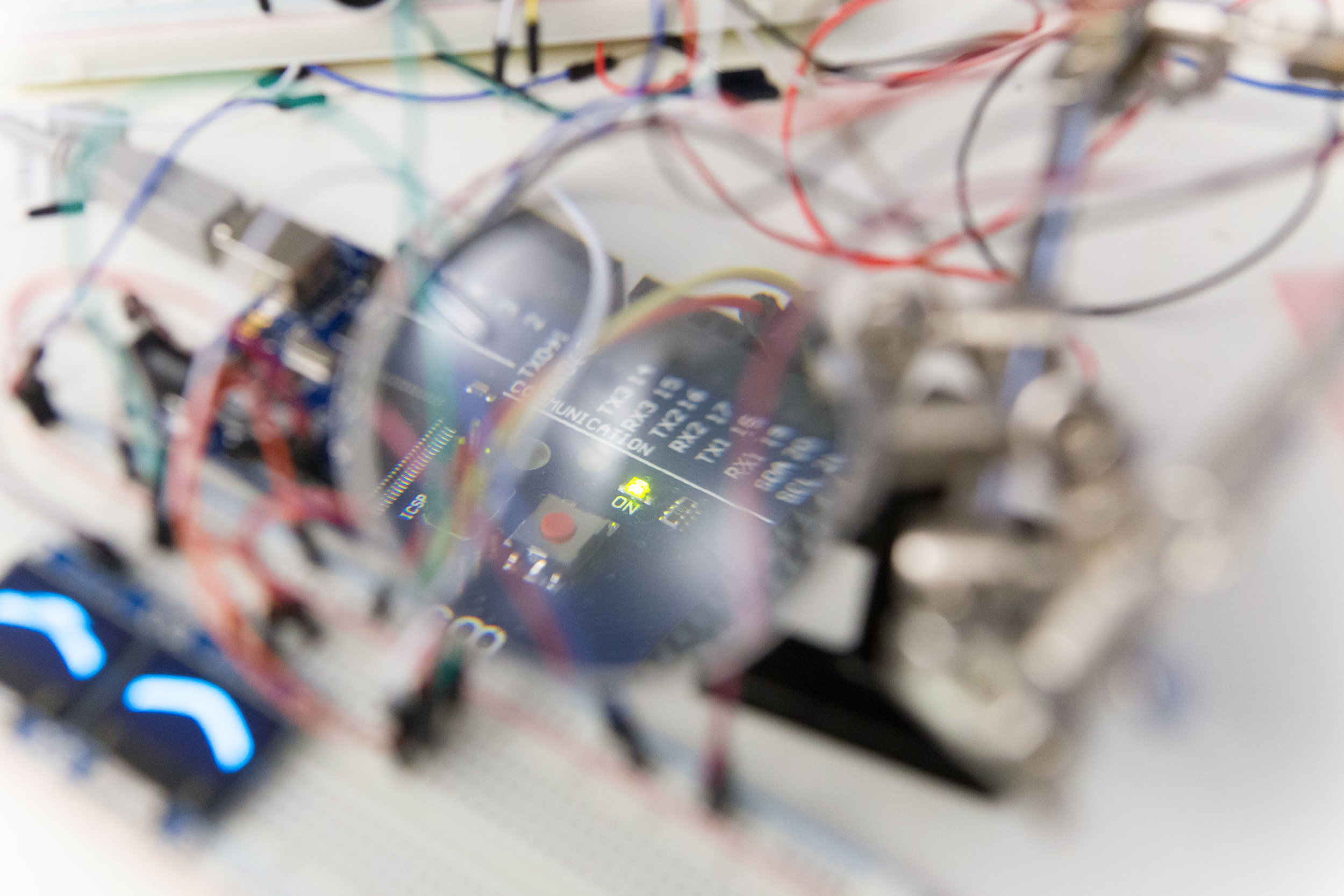 Human Machines - Machine Humans - Interaction Design & Rapid Prototyping