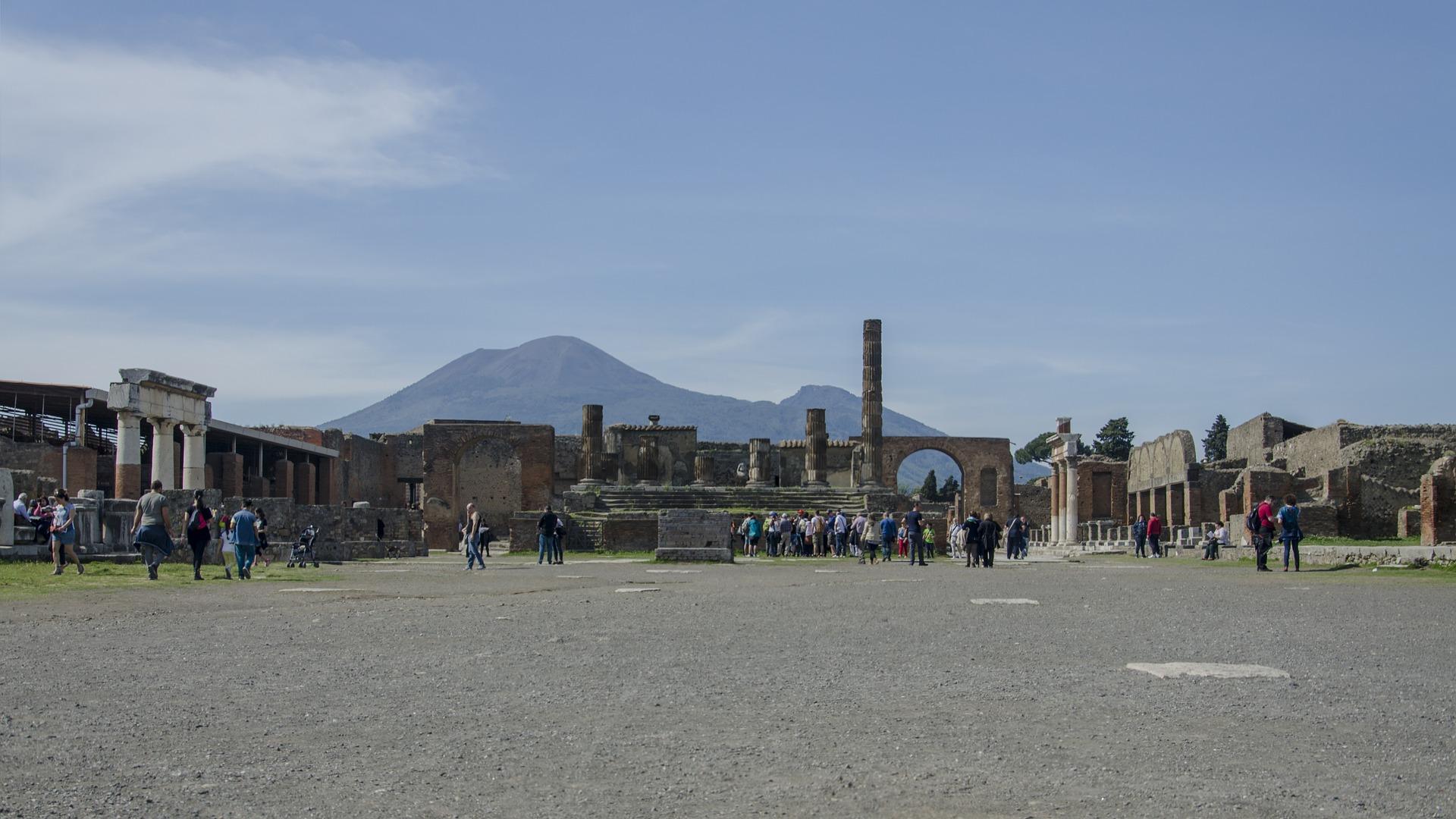 pompei-ruins-1233933_1920.jpg
