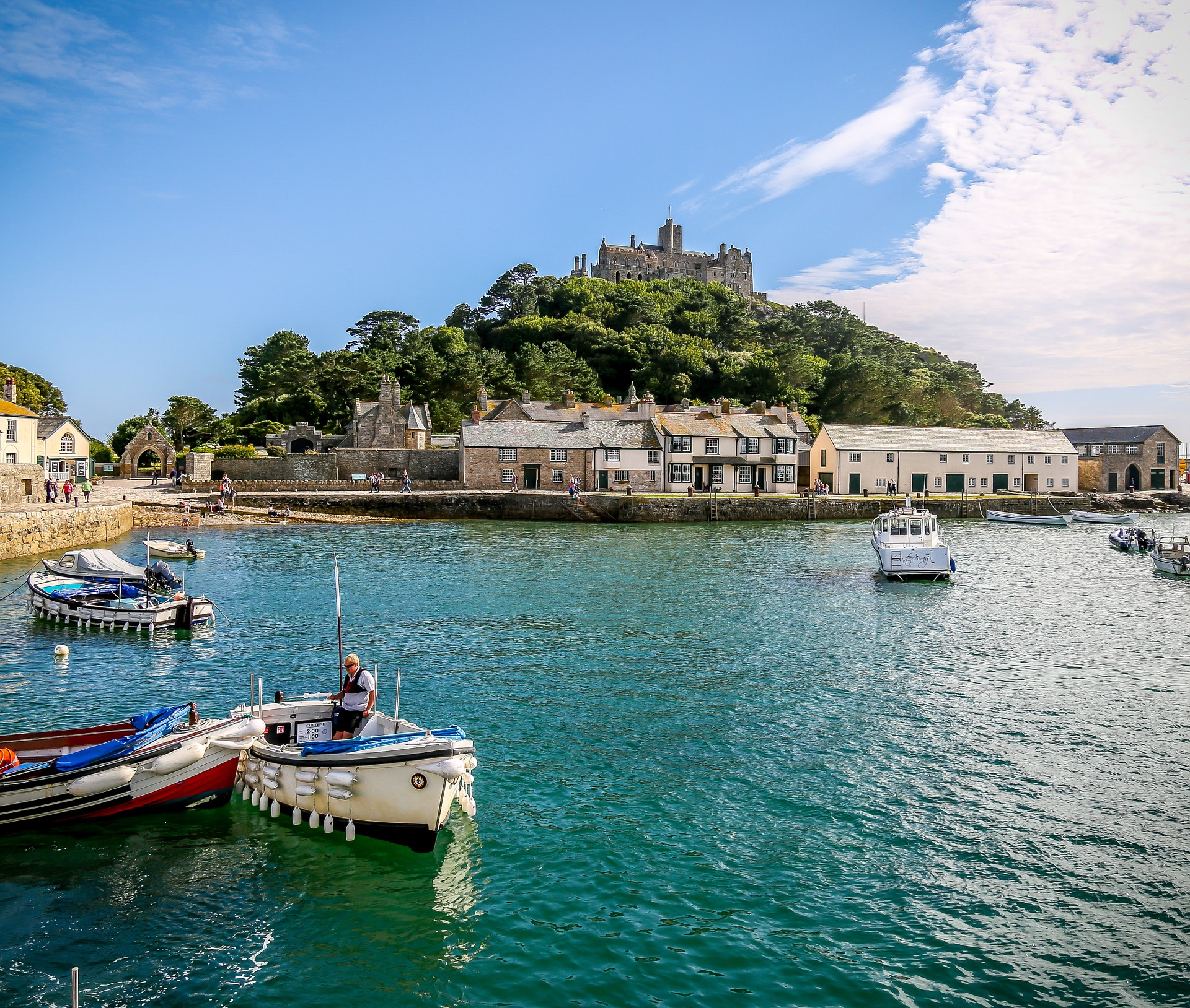 st-michaels-mount-harbour-1086753_1920.jpg
