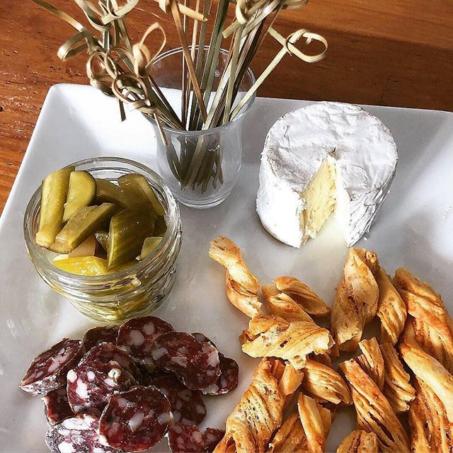 Tasty treats await you at the newly reopened @catskillsharvest in Andes!  #Repost @catskillsharvest ・・・ A few more pics from today: Wow, what a wonderful opening day so far; our community is so generous! ✨ This afternoon we're sampling saucisson provencal from @jacuterie, near sour dill pickles from @smalltowncultures, kunik minis (goat & cow) from @nettle_meadow & cheese twists! 🌿 We have gorgeous fresh vegetables, local fresh & frozen meats, bread & rolls from Machu Piccu Bakery, local soups, bone broth, sustainably-sourced seafood & much more! ⚡️🌟 @schultzburns you're the BEST! 💛 —————————————————— 27905 State Highway 28, Andes, 13731 —————————————————— #catskillsharvest #catskillsbutchershop #delcofoodworks #catskillskitchen #andesny #catskillmountains #catskillsseafood #greatwesterncatskills #iloveny #escapebrooklyn #catskillslife #shopcatskills #delawarecountyny #catskills #delhiny #delcony #catskillslove #catskillssharedcommercialkitchen #upstateny #visitvortex #escapenyc #upstatecatskills #thecatskills #coolcatskills #shoplocalcatskills #purecatskills #visitcatskills #wearepurecatskills