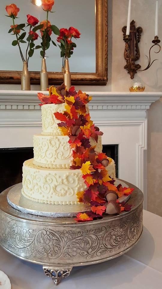 Fall Acorn Wedding Cake