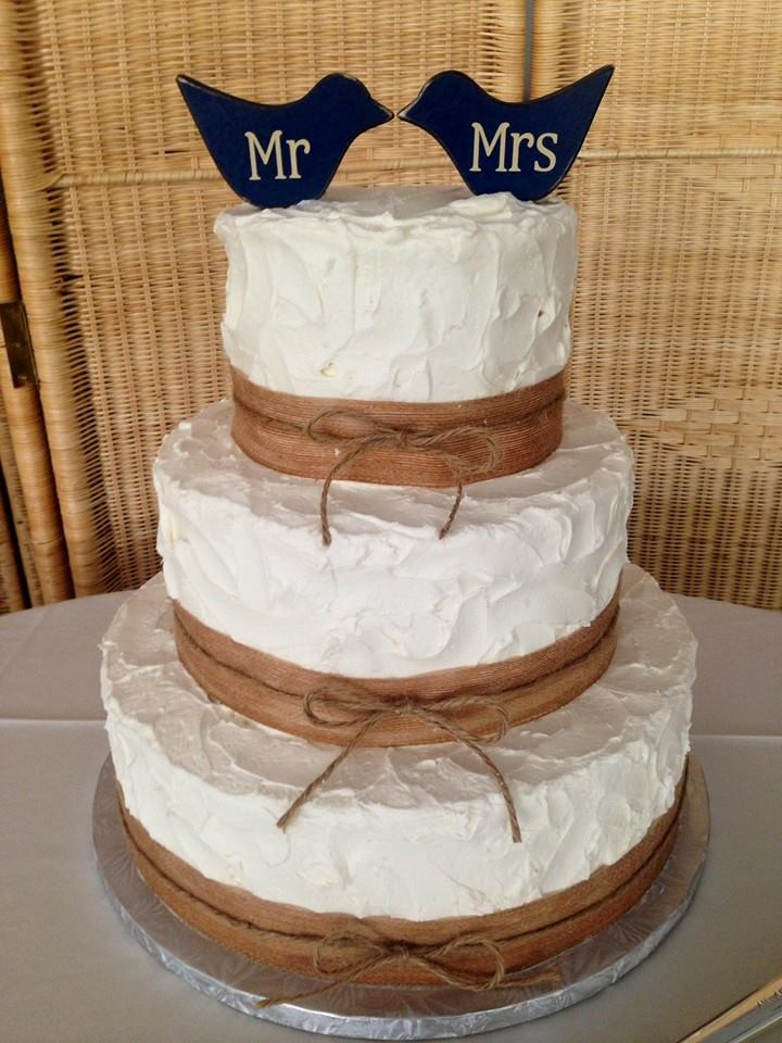 2 birds twined Wedding Cake