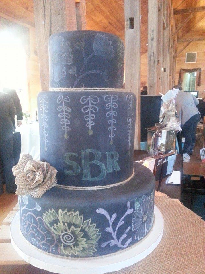 sBr Chalk Board Wedding Cake