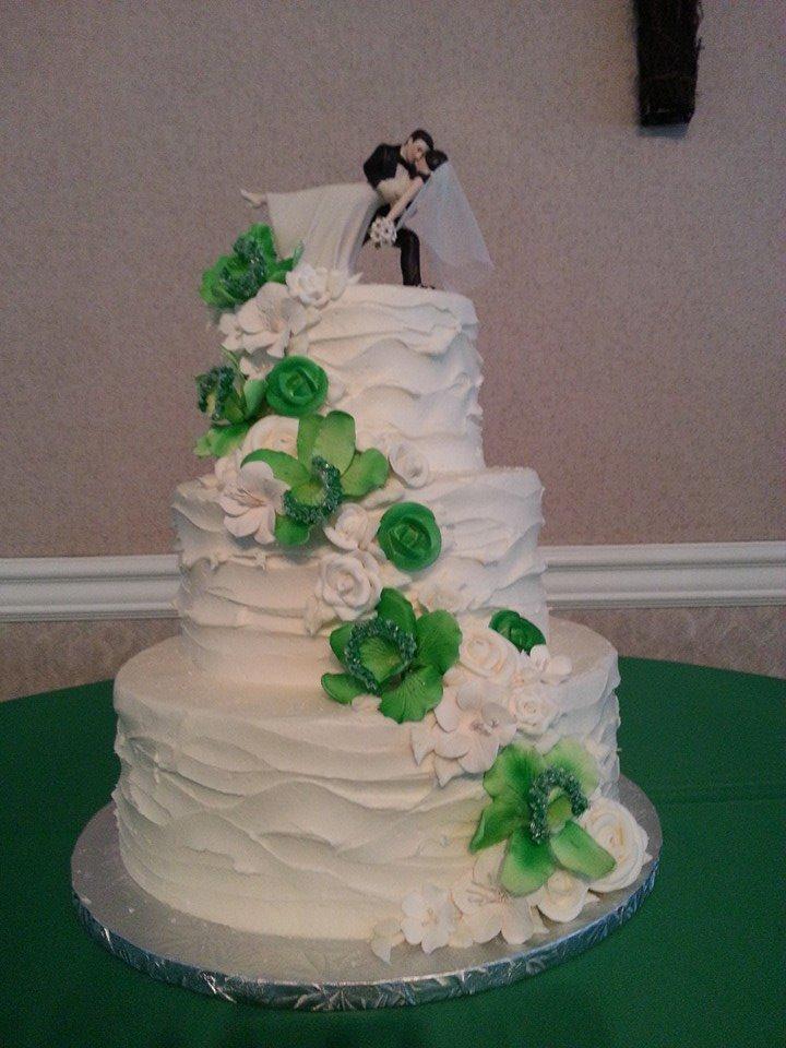 Lucky Green Wedding Cake
