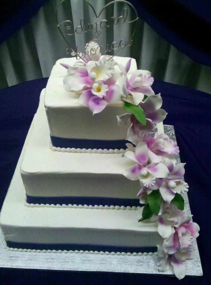 Square sugar flower Wedding Cake