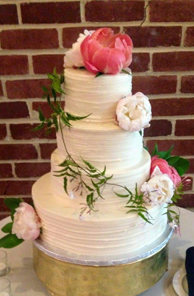 Peony & Vine Wedding Cake
