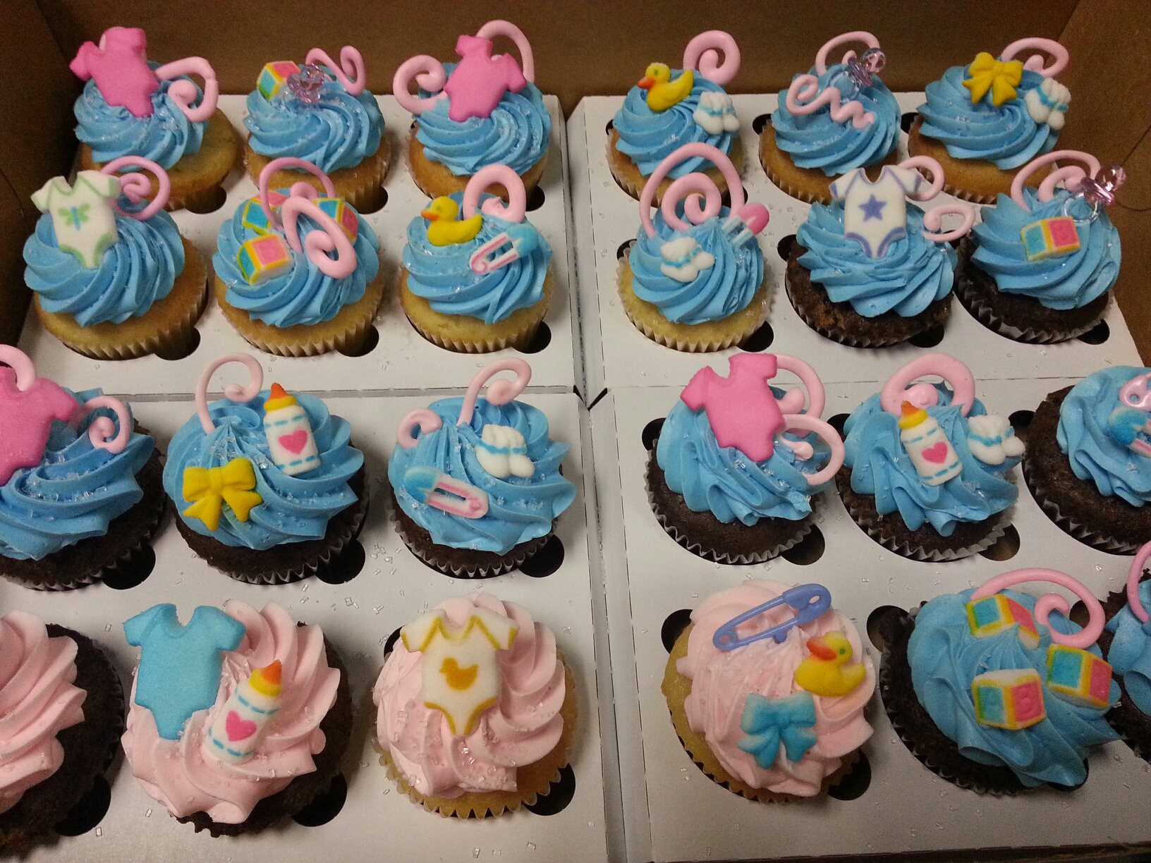 Baby Blues and Pinks Cupcakes