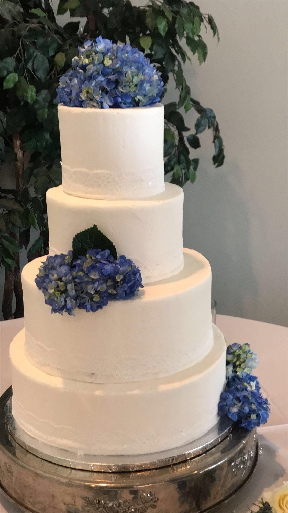 4 tier hydrangea Wedding Cake