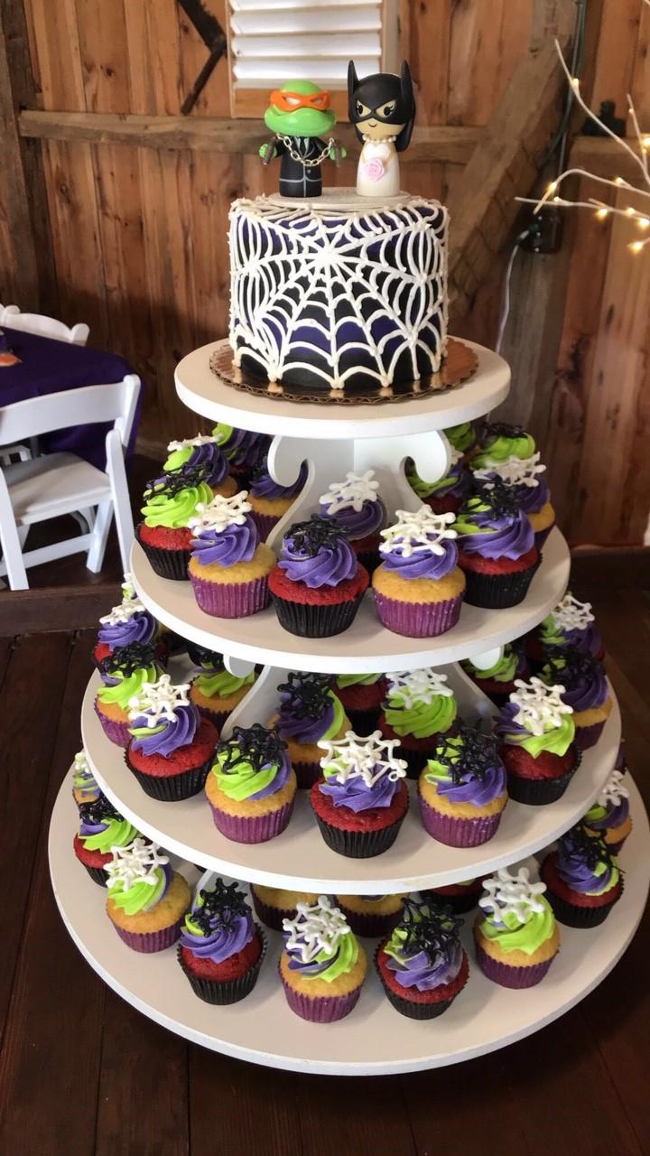 Spiderweb Wedding Cake & Cupcakes