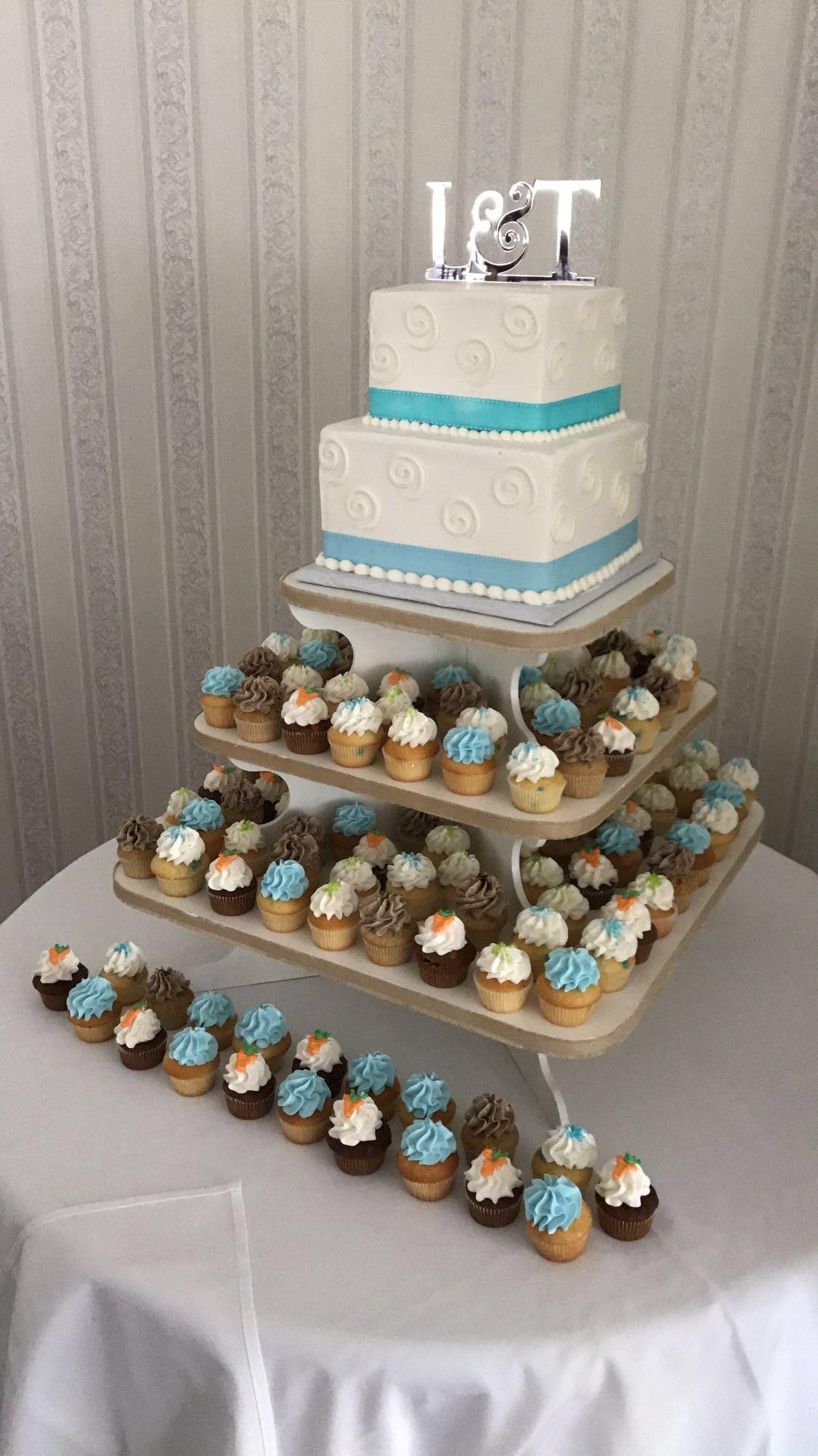 Small 2 tier square Wedding Cake & Cupcakes