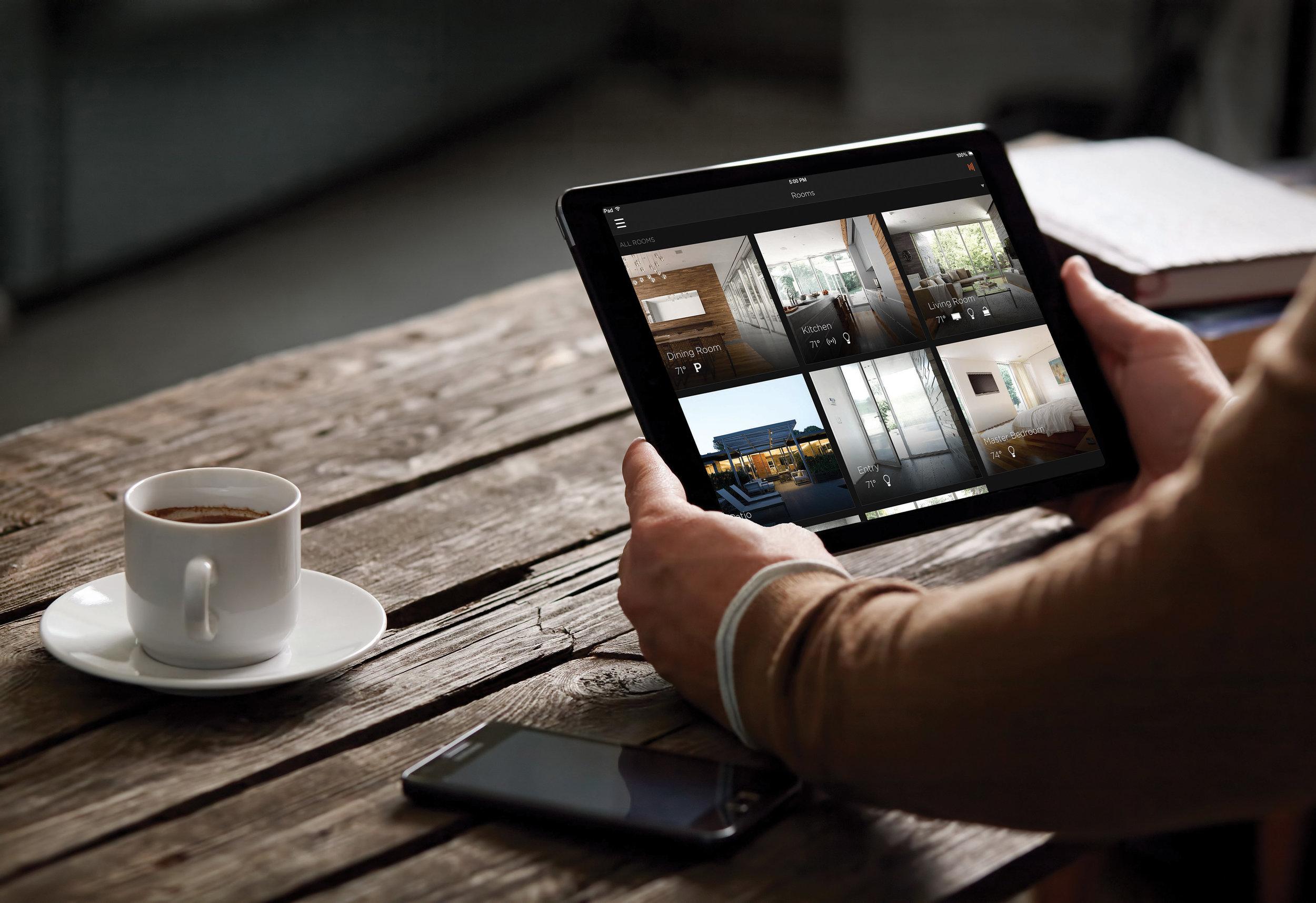 Savant iPad Coffee Tabe.jpg