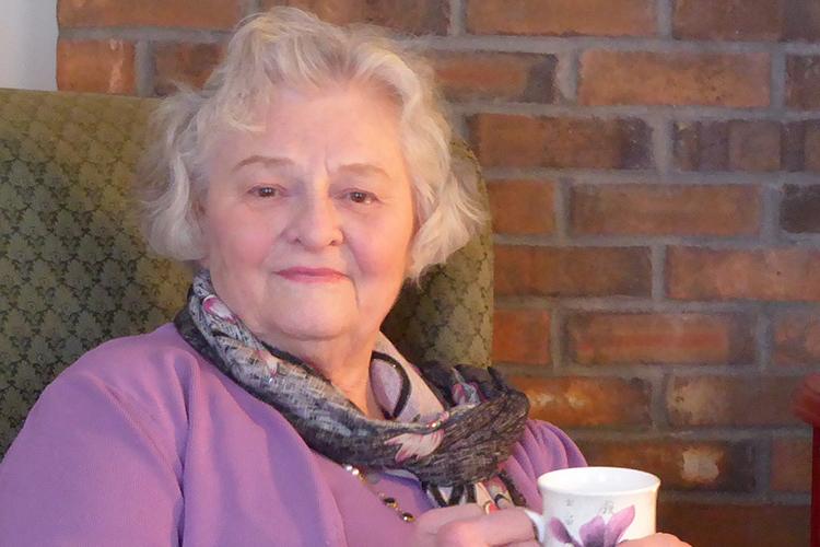 Innkeeper Gail Warnaar Welcomes you